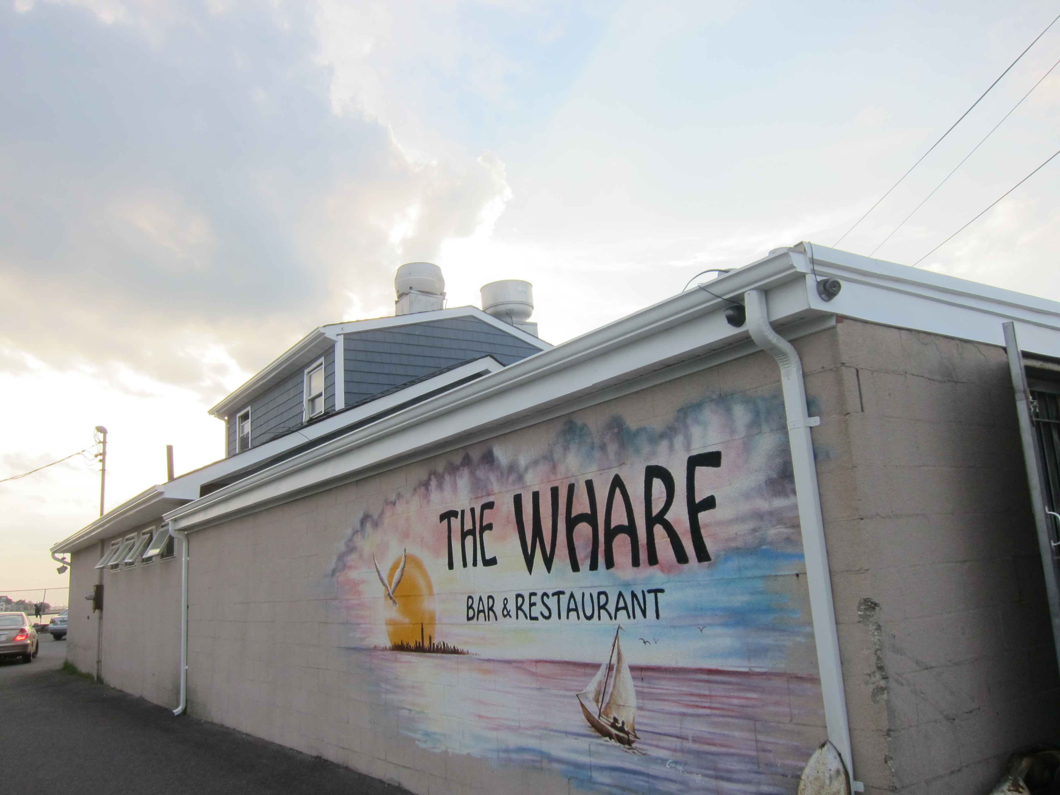 Now If You Re Going To Try The Wharf For Dinner I Suggest Getting There As Early Can From 6 P M On Inch Closer Sunset Place Gets